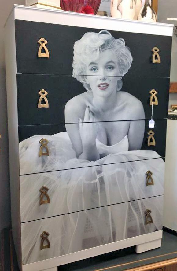 les 26 meilleures images du tableau the marilyn sur. Black Bedroom Furniture Sets. Home Design Ideas