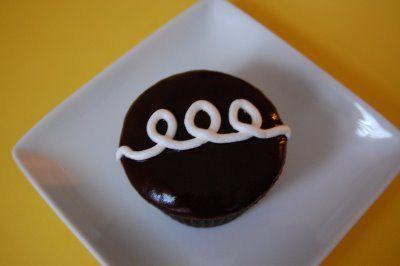 Fauxstess Cupcakes: Hostess Cupcakes, Cupcakes Muffins, Fauxtess Cupcakes, Fauxstess Cupcakes Br, Cupcake Recipes, Cupcakes Recipes, Favorite Recipes, Cups Cakes
