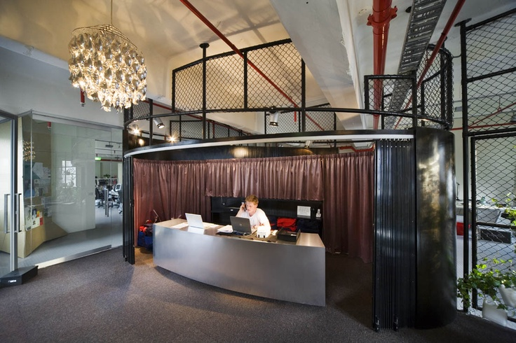 Entry - Rooftop Cinema & Bar, Curtin House, Melbourne By Grant Amon Architects