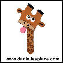Giraffe Magnet or Pin Puzzle Piece Craft  - directions on www.daniellesplace.com