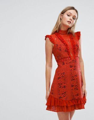 Платье мини с оборками и высоким воротом Three Floor