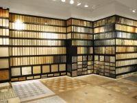 Showroom Display of Limestone, Travertine and Slate Tile — Limestone, Travertine and Slate Tile Display