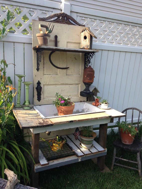 25 best ideas about rustic potting benches on pinterest potting benches potting station and - Garden bench ideas complete piece heaven ...