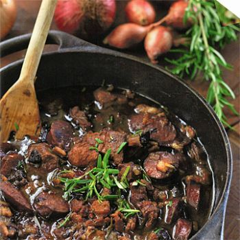 Recept magnifik lammgryta med korv