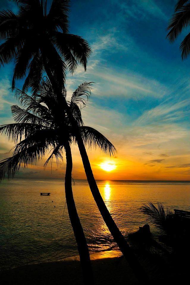 Official Tumblr I Love Aceh Teumpat Tanyoe Sapa Rakan Ngon Syedara Tempat Kita Menyapa Kawan Dan Sanak Saud Beautiful Nature Nature Pictures Beautiful Sunrise Beautiful wallpaper island sunset