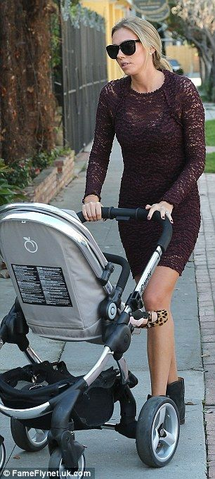 Pregnant Tamara Ecclestone reveals small and perfectly formed bump in tight dress as she hits the shops in LA  Read more: http://www.dailymail.co.uk/tvshowbiz/article-2532986/Tamara-Ecclestone-reveals-small-perfectly-formed-bump-tight-dress-hits-shops-LA.html#ixzz2pKfdJ9wU