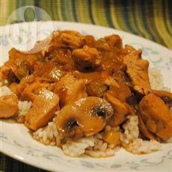 Pollo con champiñones rápido @ allrecipes.com.mx