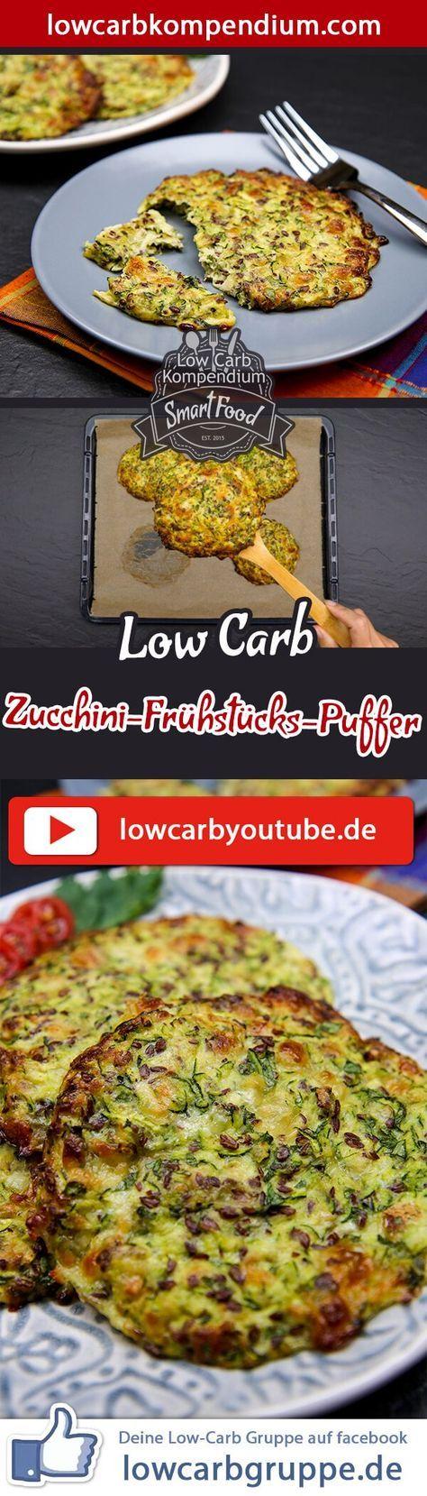 (Low Carb Kompendium) – Die herzhaften Zucchini-Frühstücks-Puffer helfen dir fit in den Tag zu starten. Am besten bereitest du den Teig am Vorabend zu, sodass du die Frühstücks-Puffer morgens nur noch formen und backen musst. So ist das Frühstück schnell zubereitet und du kannst vital deinen Tag beginnen. Und nun wünschen wir dir viel Spaß beim Nachkochen, LG Andy & Diana.
