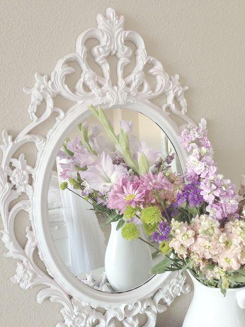 les 25 meilleures id es de la cat gorie miroir shabby chic sur pinterest miroirs vintage. Black Bedroom Furniture Sets. Home Design Ideas