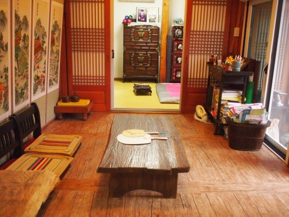 Eugene House_Room1