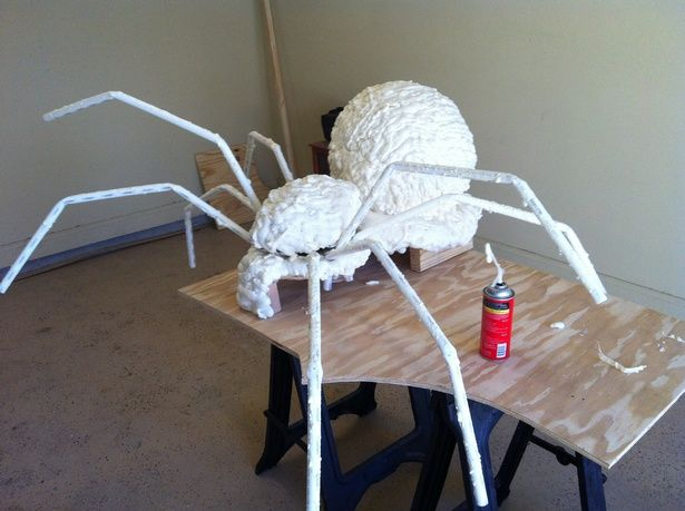 giant spider with wiper motor moving legs