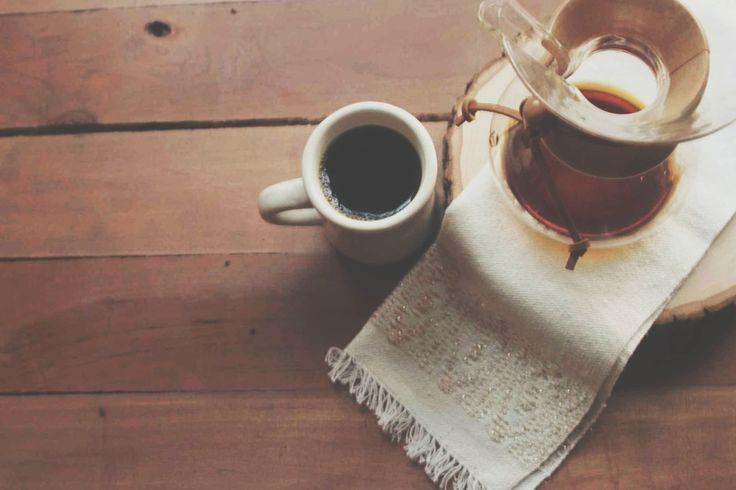 coffee + a chemex // elegant mornings blog