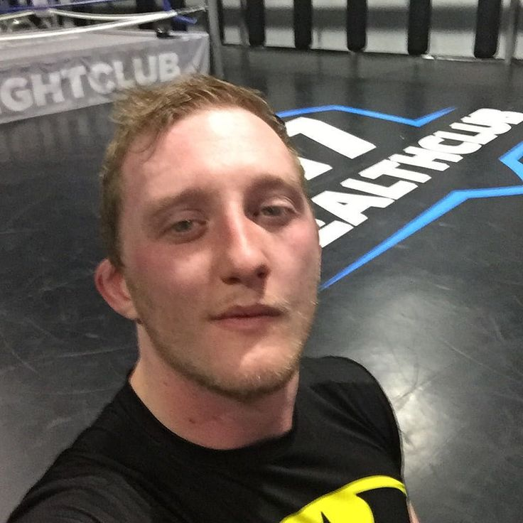 Had a great and exhausting pads class this evening. My body is sore and I'm tired as hell but it's worth it . #trainhard #warrior #pads #mma #kickboxing #boxing #bjj #healthclub17 #exhausted #gymlife #gymrat #fighter #mmafighter #sore #tired #gym #worthit #fitness #fitdutchies #fitdude #health #healthy #fridaynight #selfie #awesome by don.joshua
