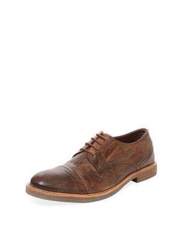 Leon Distressed Derby Shoe