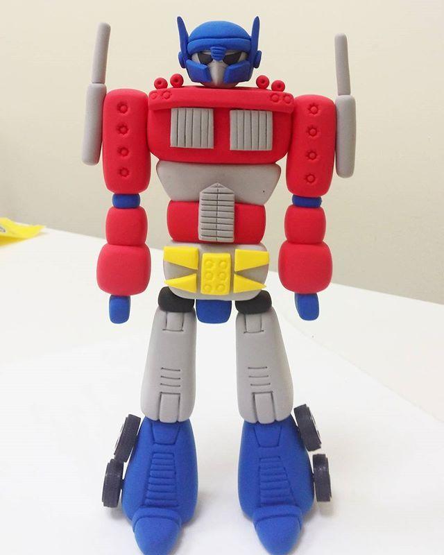 #transformers #optimusprime  #kendioyuncaginikendinyap #jumpingclay #jumpingclaytr www.jumpingclay.com.tr