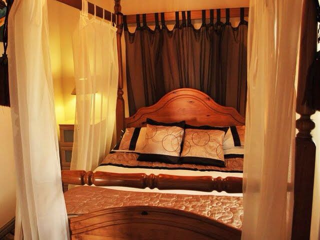 20 best ideas about yellowtop country park on pinterest for Short four poster bed