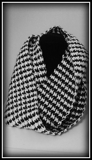 Here is your opportunity to make a classic scarf with the houndstooth style. The looks are deceiving and the infinity scarf is so easy to make!