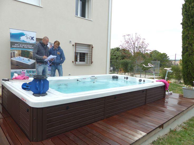 Frédérick Bousquet devant un spa de nage irrijardin #IrrijardinEtBousquet