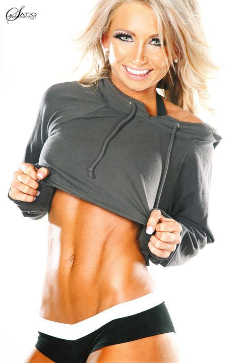 Fitness Model Amanda Adams' website has launched!  Great inspiration to follow.