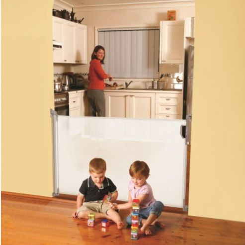 Buy Dreambaby Retractable Stair Gate White from our All Stair Gates range - Tesco