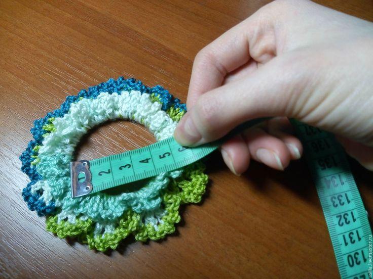 Купить Вязаная резинка для волос - комбинированный, резинка для волос, резинка, резинка подарок