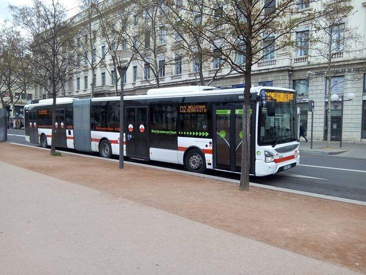 les 155 meilleures images du tableau lyon transports sur pinterest le tramway transport en. Black Bedroom Furniture Sets. Home Design Ideas