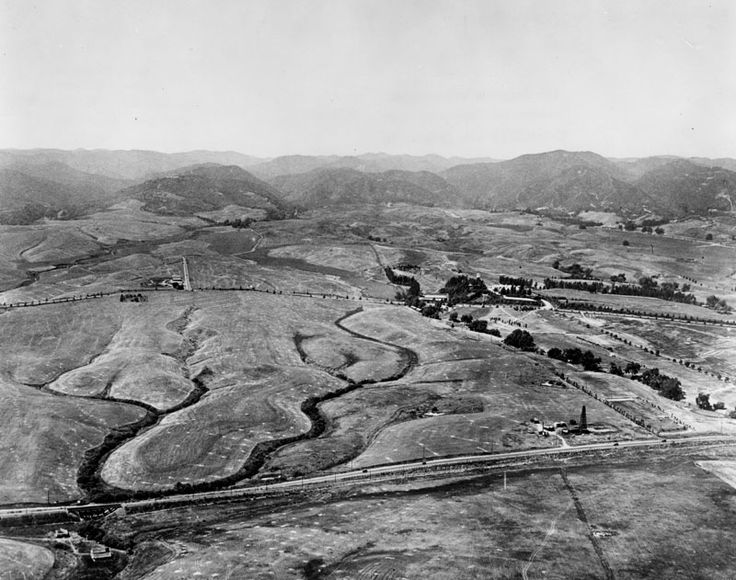 Westwood, looking north from Pico Blvd., 1922. Wilshire would be the next big avenue parallel to Pico. Alvarado Terrace ran kitty corner on NE quadrant of Pico & Alvarado.