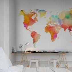 Nous vous donnons le cadre, les contours des continents et les frontières des pays – remplissez ce papier peint avec du contenu. Ce papier peint est composé de confettis  colorés.