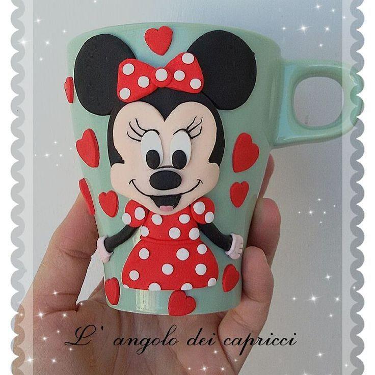 Minnie♡ #mug #fimo #polimer #policlaycreations #clay #creations #fimocreations #fimoclay #tazze #topolina #minnie #art  #fantasy