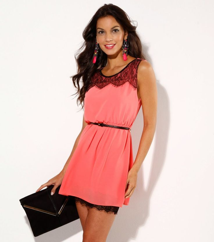 vestido corto sencillo pero juvenil y elegante porque el da nos permite llevar colores