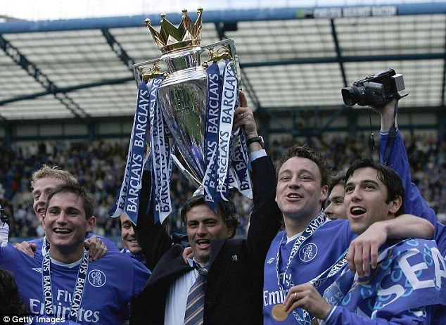 Left to right: Frank Lampard, Jose Mourinho, John Terry and Paulo Ferreira with Chelsea's first ever title