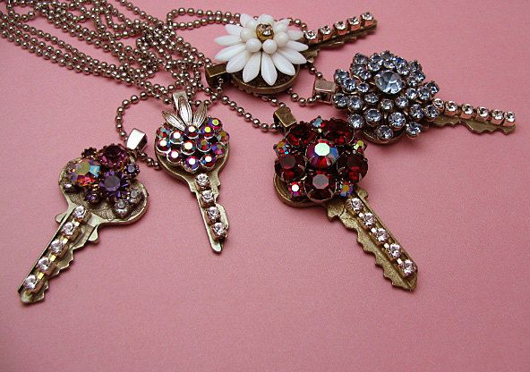 Vintage style key necklace