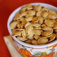 How to cook pumpkin seeds // pumpkin seed baking variation ideas