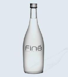Agua mineral Finé: Japón.