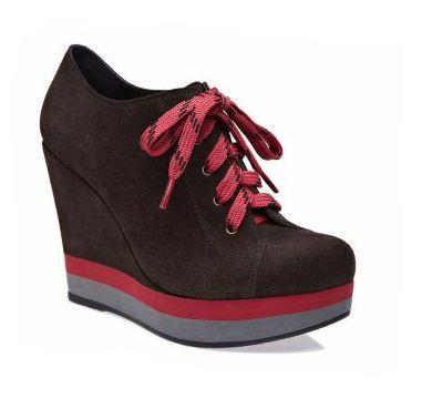 Resultados da pesquisa de http://www.dicasemoda.com.br/wp-content/uploads/2012/06/Modelos-de-Sneakers-da-Arezzo-3.jpg no Google
