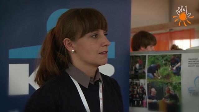 Agnieszka Glińska-Pytlarz - Kredyt Bank  Dzień Wolontariatu Pracowniczego w ramach Pawilonu Europejskiego Roku Wolontariatu 2011 (EYV 2011 Tour). Warszawa, Plac Defilad, 7.09.2011