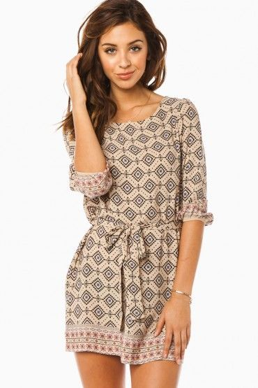 Loving this dress, super easy for spring and summer.