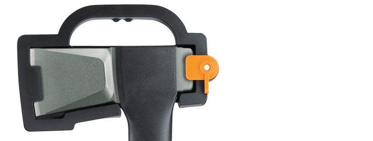 Axes and Striking Tools / Products | Fiskars