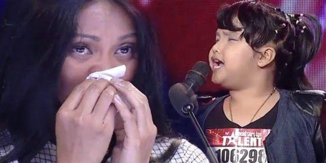 """Pemenang Indonesia Got Talent 2014 - Ariani Nisma Putri keluar sebagai pemenang audisi bakat """"Indonesia's Got Talent"""", Sabtu, 20 Juli. Sebagai pemenang, Putri berhak membawa pulang uang tunai senilai Rp 500 juta. Gadis cilik kelahiran 31 Desember 2005 ini pun ingin bisa menaikkan haji ibu dan ayahnya."""