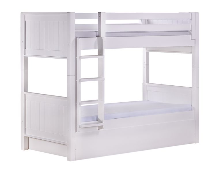 Beliche com auxiliar. Esse é o conjunto de duas camas de solteiro com bicama. São 3 camas em um único produto. Pode ser utilizada por adultos ou crianças a partir dos 6 anos. #crofths #belichetreliche #belichecombicama #belicheadulto #trelicheinfantil #crofthouse