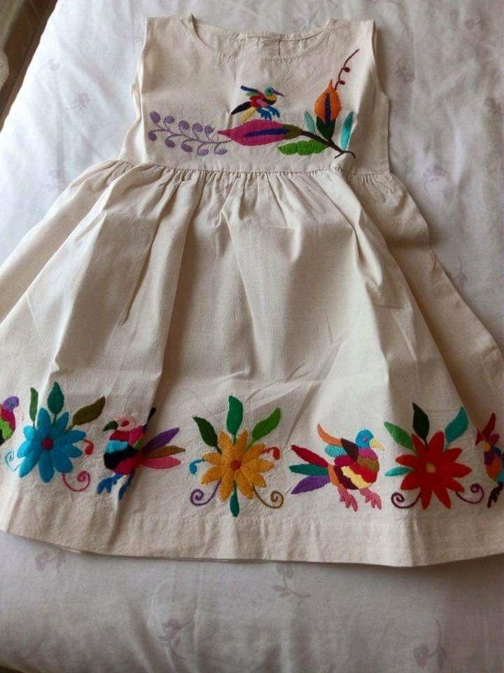 Pin De Yobana Padilla En Minis Chic Vestidos Bordados Para