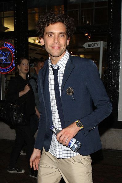 Mika paparazzi pic - leaving the Groucho Club after spending a night out with friends - Aug 2010