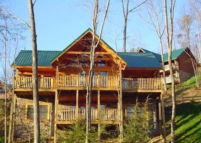 Acorn cabin rentals cabins in pigeon forge smoky autos post Cabin rental smokey mountains