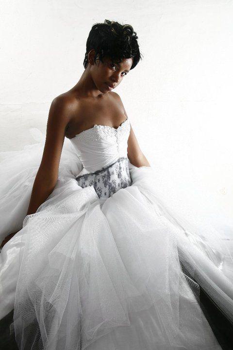 Designer: Yvette van den Berg for Yvi Berg; Photographer: Jacomien de Beer; Model: Maria Mdluli; Couture; Wedding dress; Black & white; Bridal Gown; African Model; Queen; Majestic; Dramatic; Voluminous; Silhoutte; 2015; South African; Fashion Design