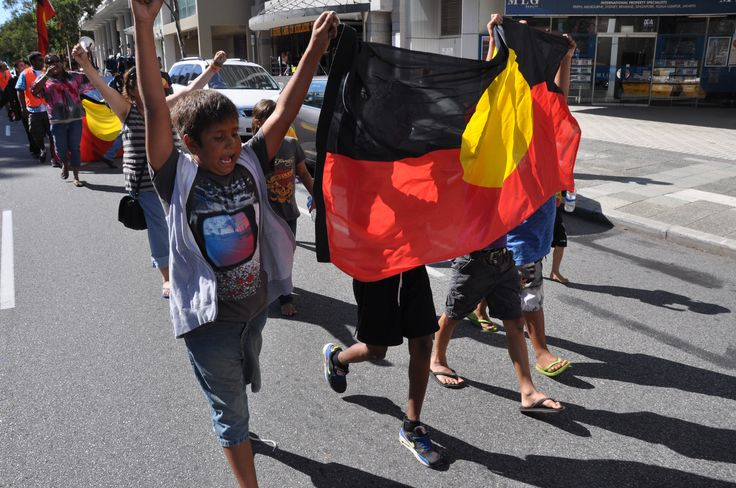 . SBSNews WA Noongar community votes in favour of $1.3b native title deal