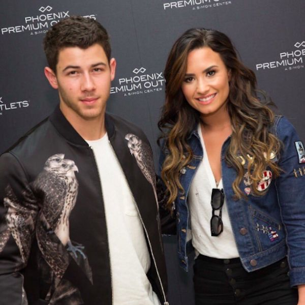 Demi Lovato And Nick Jonas Attend Their Version Of An Office Holiday Party - http://oceanup.com/2016/12/15/demi-lovato-and-nick-jonas-attend-their-version-of-an-office-holiday-party/