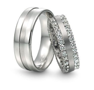 his and her platinum rings :D So pretty! wish they were white gold though