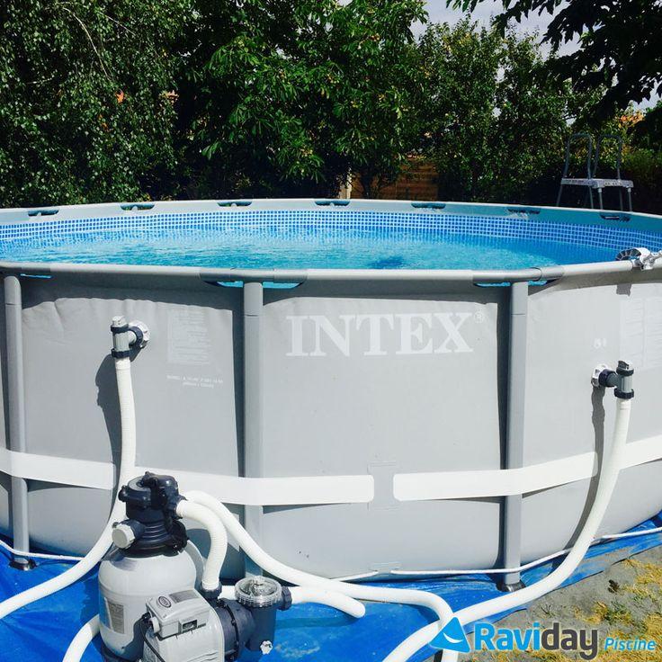 Aujourd'hui, Raviday vous propose un tutoriel de montage d'une piscine tubulaire ronde de la gamme Ultra Frame Intex. Comptez 1 heure de montage environ et il est préférable d'être 2 ou 3 personnes. Le choix du site d'installation et la préparation du terrain Nous ne le répéterons jamais assez, : votre piscine doit être installée ...