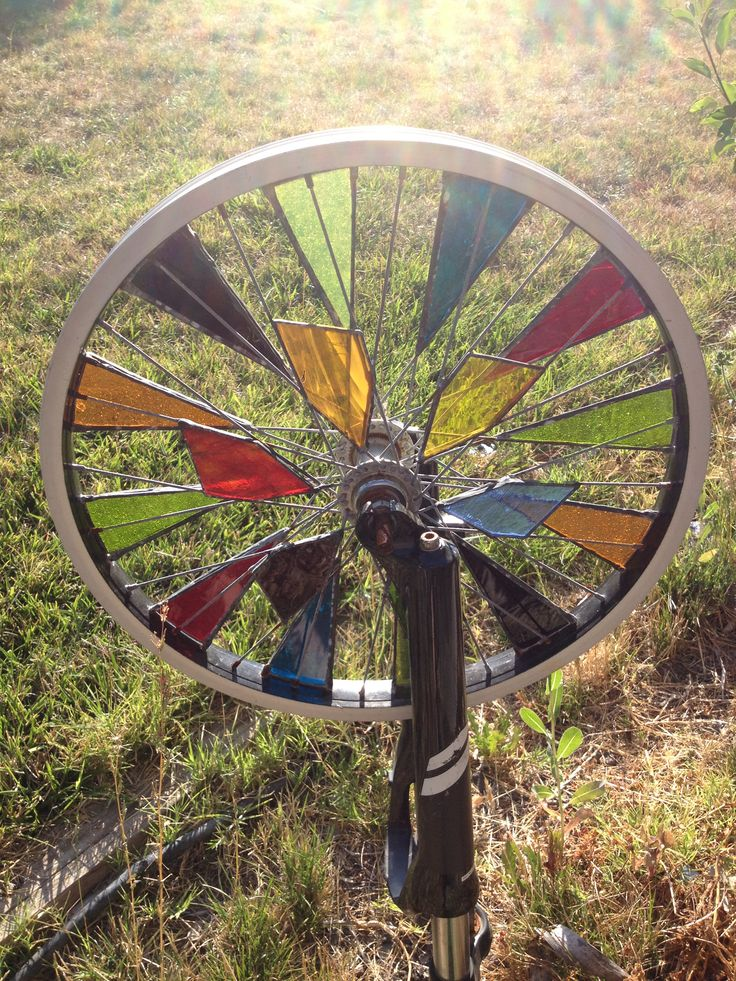 Stained glass bicycle wheel 4 Brian