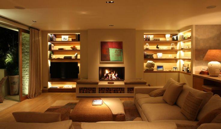 estantes de salón con luces Led